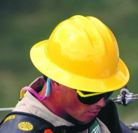 New hard hat standard up for discussion