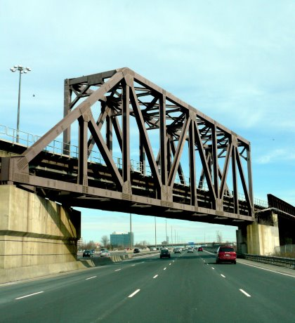 Two-track bridge replacement in Kitchener set to roll