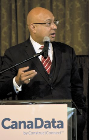 Velshi targets global economy, politics at CanaData 2016