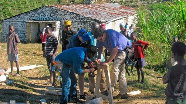 EllisDon project team takes part in Haiti relief efforts