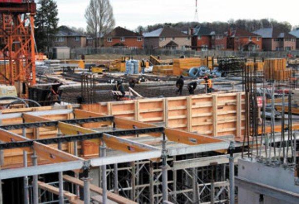 PHOTO: Darcon continues construction on Royal Gardens condos in Richmond Hill, Ontario