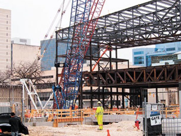Winnipeg Convention Centre steel takes form