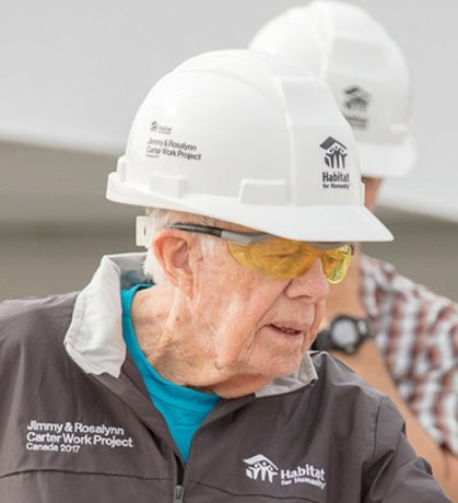 Former U.S. president builds Canadian homes for charity