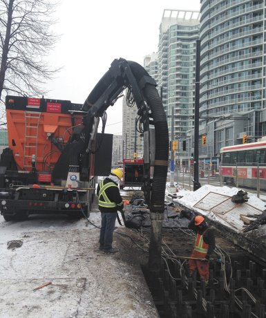 Dry vac excavators respond to Ontario roadbuilding regulations
