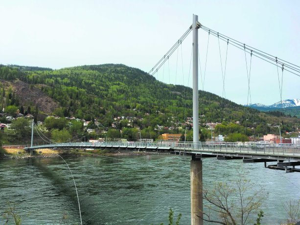 Pipes and pedestrians: Trail, B.C. bridge solves two challenges