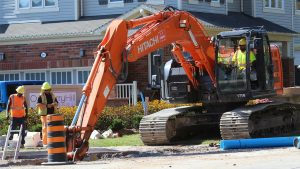 Factors to consider when choosing the right excavator for utility work