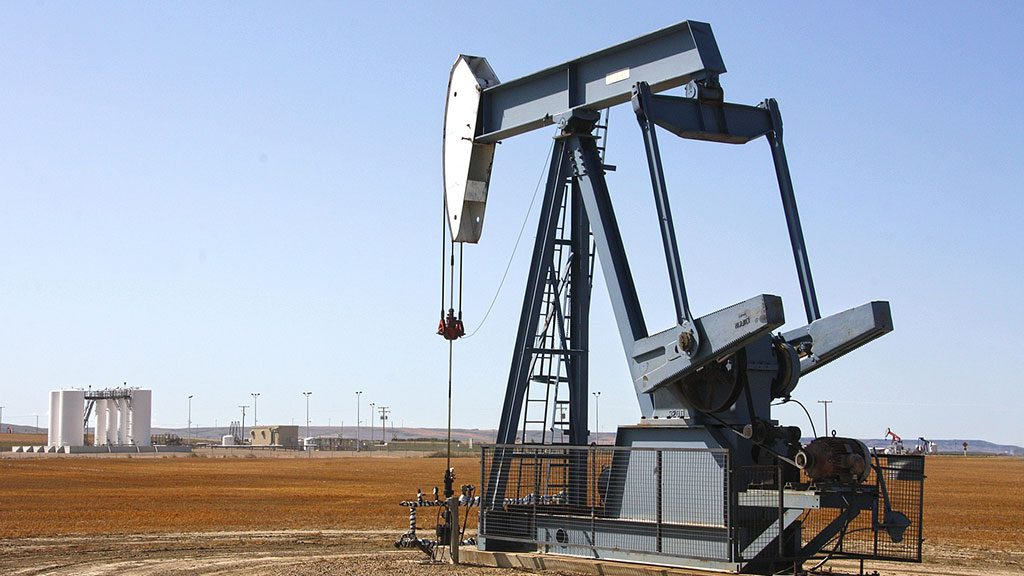 Demand, OPEC cuts may boost 2018 oil prices