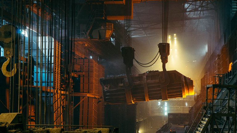 Federal government gives grants to study steel supply chain