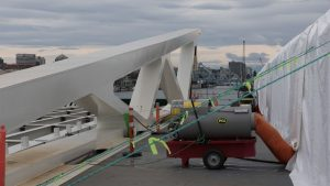 Dynamic Beast makes its way to Victoria for bridge project
