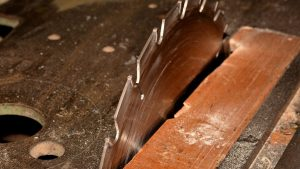 WorkSafeBC highlights replacement options for table saw blade guards