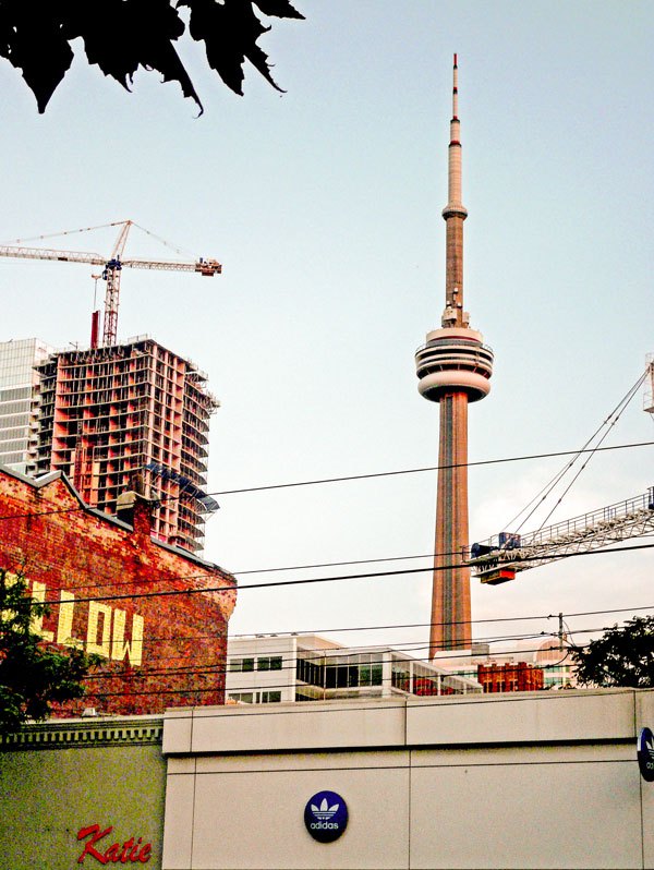 FILE PHOTO Toronto outdistanced other North American cities in the Rider Levett Bucknall July Crane Index published last month.