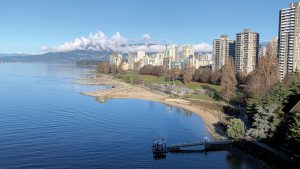 Vancouver highrise dwellers feel more isolated, but are buildings to blame?