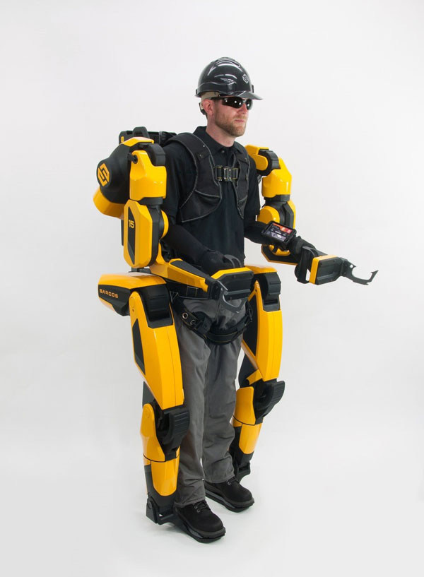 The Guardian XO Max, developed by Utah-based Sarcos Robotics, is an untethered, battery-powered exoskeleton that enhances human productivity by enabling the human operator to repeatedly lift and support up to 200 pounds without fatigue or strain on the body for up to an eight-hour work session, explains the company.