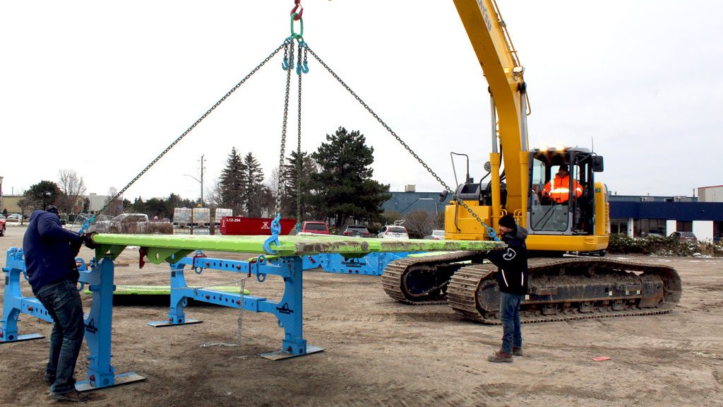 Cooper Equipment Rentals shows off Canadian solution for safe trench box assembly
