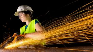 More women work in construction industry that's still a man's world