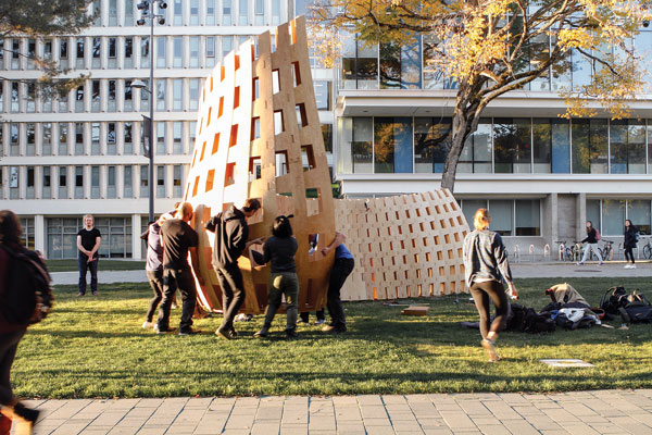 A group of students, along with architectural leaders from B.C. and Ontario, collaborated to create Wander Wood, a wood form situated on the University of British Columbia campus.