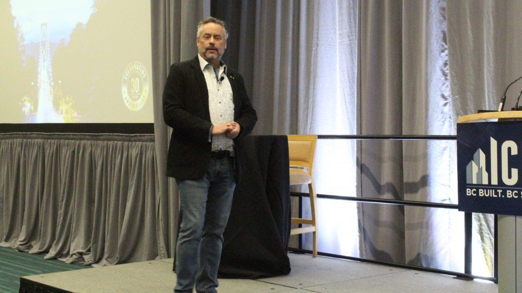 Former 'Dragon' breathes fire at ICBA keynote