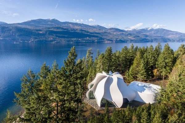 Patkau Architects were the winners of the Wood Innovation award at the 2019 Wood Design Awards for the Temple of Light project in Kootenay Bay, B.C.