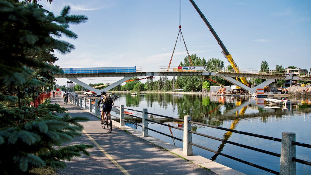 Ottawa's $21-million Flora Footbridge takes root