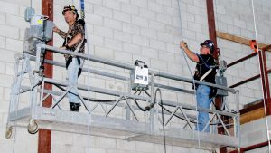 Accredited standard for suspended access equipment installers needed: Expert