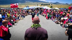 The Rock visits Hawaii telescope construction protesters