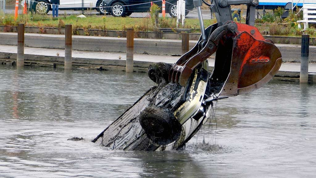 Contractor enters into dredging phase of Port Hope Harbour cleanup work