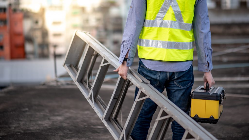 Bala, Ont. constructor fined $45,000 in ladder fall incident