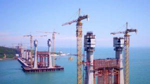 Milestone hit at world's longest cross-sea bridge