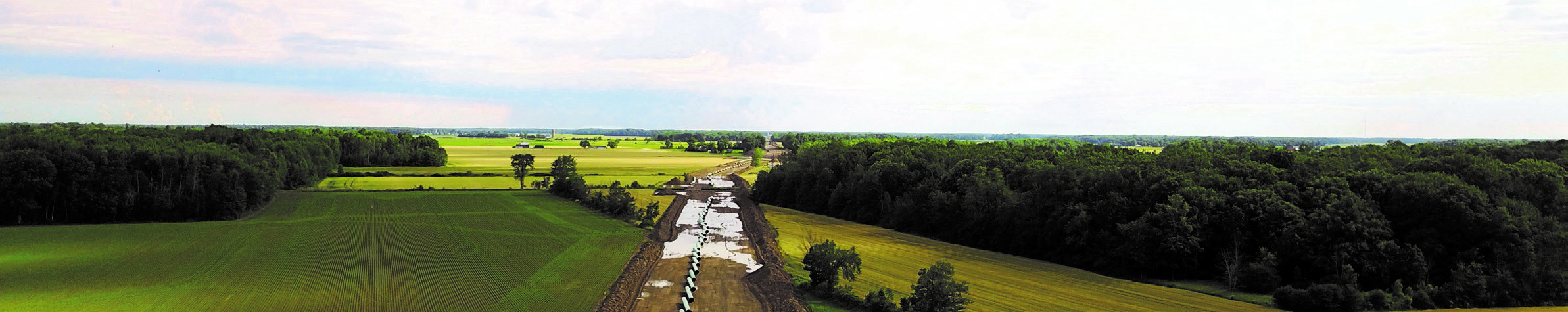 Enbridge's Kingsville Transmission Reinforcement Project involved construction of a 19-kilometre, 20-inch-diameter natural gas pipeline from the town of Lakeshore to the town of Kingsville in southwestern Ontario.