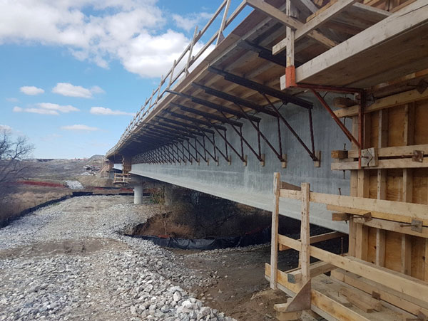 Pictured is a side view of the West Robinson Creek Bridge structure.