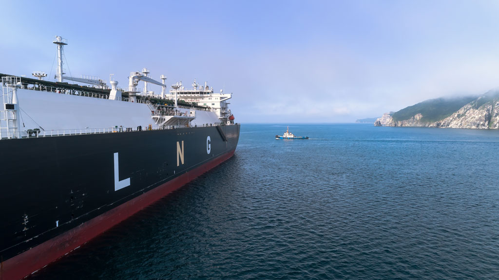 Development of LNG industry could create almost 100,000 jobs, says report