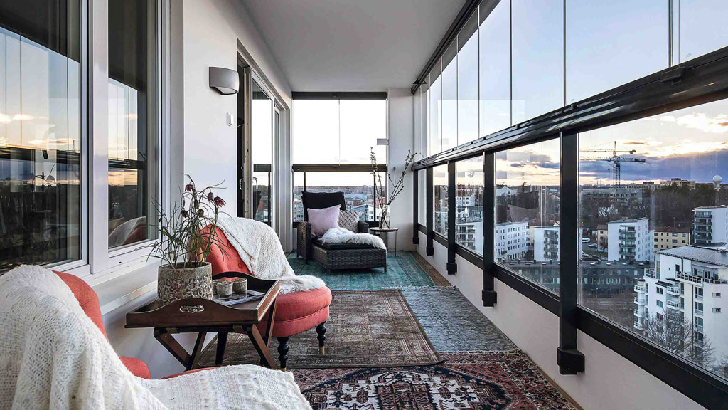 Retractable glass balcony system gaining momentum in Vancouver