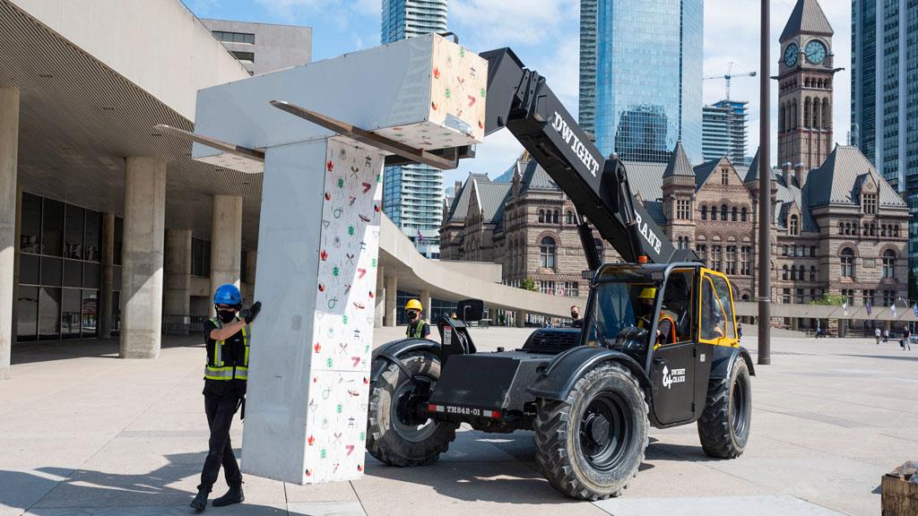 New, more durable Toronto sign installation underway