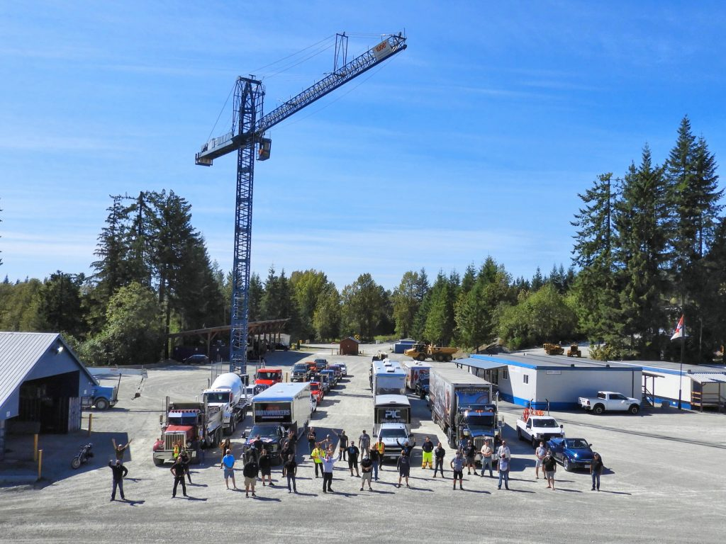 SLIDESHOW: BC Building Trades honour workers during convoy